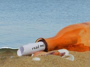 bottle-read-me-mf-dscn50841