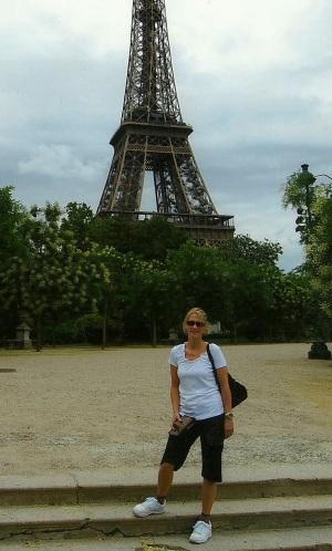 kim and Eiffel
