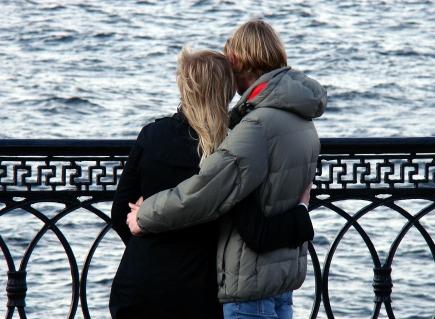 couple-168191_1280