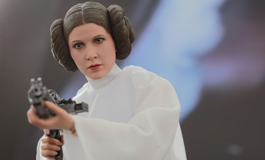 star-wars-princess-leia-sixth-scale-hot-toys-feature-902490