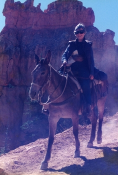 Gwen on Jenny in Bryce Canyon